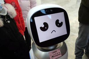Thực hư chuyện 2 robot 'cãi nhau' trong thư viện gây sốt mạng xã hội