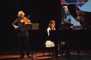 Thưởng thức đêm hòa nhạc 'Như những người bạn' của nhạc trưởng lừng danh Nhật Bản Honna Tetsuji