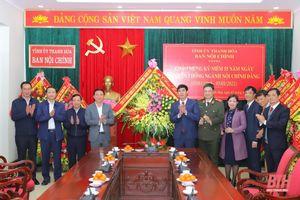 Thường trực Tỉnh ủy Thanh Hóa chúc mừng cán bộ, công chức Ban Nội chính Tỉnh ủy nhân ngày truyền thống