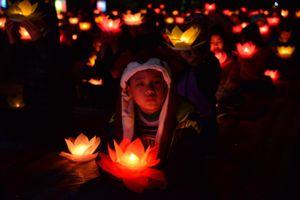 Hải Phòng: Đêm hoa đăng tại chùa Linh Quang