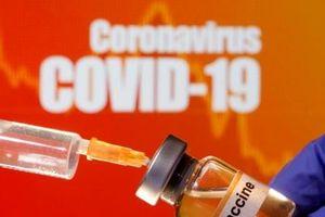 Các nước giàu say sưa vơ vét vaccine ngừa COVID-19
