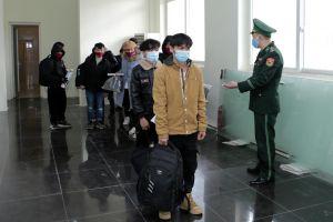 Lai Châu bắt giữ, tiếp nhận 31 người vượt biên trái phép về Việt Nam