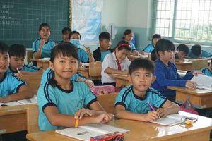 Hỗ trợ học phí cho học sinh tiểu học trường tư thục