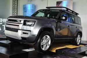 Những mẫu SUV mới được ra mắt có khả năng vượt địa hình tốt nhất