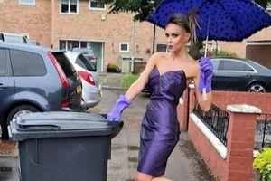 Người phụ nữ nổi tiếng vì mặc váy dạ hội đi đổ rác