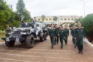 Trung tướng Nguyễn Trọng Bình kiểm tra sẵn sàng chiến đấu tại một số đơn vị trên địa bàn Tây Nguyên