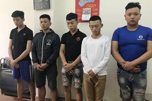 Tạm giữ hình sự 5 đối tượng chém người trong quán cà phê ở Tây Ninh