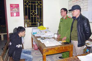 Cất giữ trái phép hơn 300 viên ma túy tổng hợp