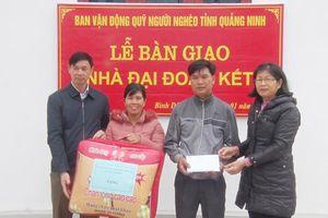 Trao quỹ hỗ trợ xây nhà cho hộ cận nghèo xã Bình Dân, Vân Đồn