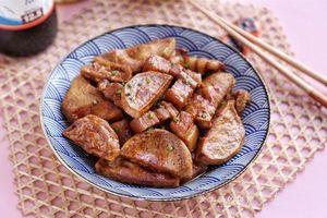 Thịt ba chỉ kho trứng cút 'xưa quá là xưa', thịt ba chỉ đem kho với nguyên liệu này đảm bảo ngon ngậy đậm đà hơn hẳn!