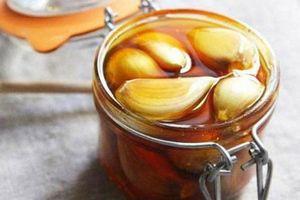Tỏi ngâm mật ong: Món đồ uống được coi là thần dược cho sức khỏe