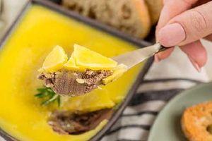 Mách chị em cách làm pate keto: Ngon nức lòng, kết hợp được với đủ loại đồ ăn và quan trọng nhất là không gây béo!