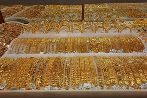 Giá vàng trong nước tăng liên tục theo đà thế giới