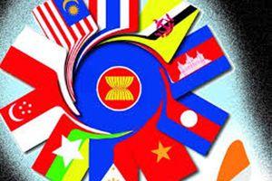 ASEAN 'sải bước' con đường tự do thương mại