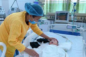Bắc Giang: Trời rét đậm, gia tăng bệnh nhi khám và điều trị nội trú