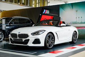 BMW Z4 - huyền thoại mui trần ra mắt tại Việt Nam