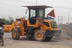 Vô tư kinh doanh vật liệu xây dựng trên hành lang quốc lộ qua huyện Chương Mỹ