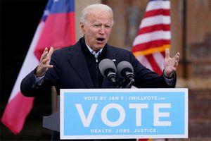 Ông Biden gọi những người bạo loạn ở đồi Capitol là 'khủng bố'
