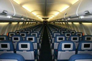 Mạnh tay bao cả chuyến bay để đi du lịch một mình
