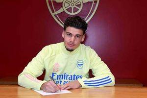Arsenal đón tân binh Omar Rekik