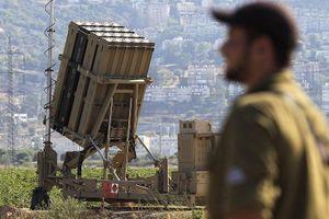 Israel triển khai hệ thống Vòm Sắt để đối phó cuộc tấn công của Houthi