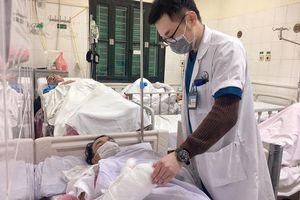Nhiều ca nhập viện vì chấn thương nặng do tự chế pháo nổ