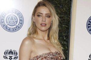 Amber Heard chưa quyên góp từ thiện như cam kết