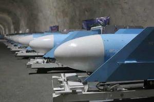 Iran tiết lộ một căn cứ tên lửa chiến lược dưới lòng đất