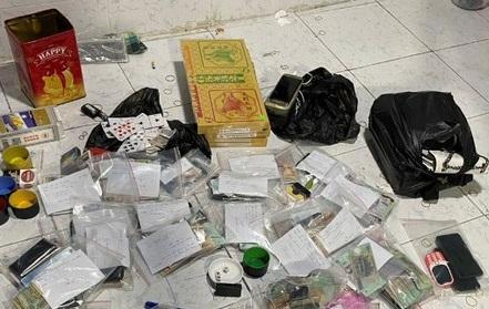 Phá sòng bạc trong bãi xe container, thu gần nửa tỷ đồng: Hé lộ thủ đoạn của 'ông trùm' 44 tuổi