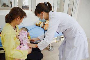 Bác sĩ lý giải nguyên nhân trẻ hay ốm vào mùa đông và cách phòng đơn giản