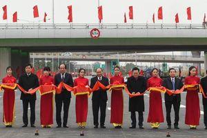 Chính thức thông xe nút giao Vành đai 3 với cao tốc Hà Nội - Hải Phòng