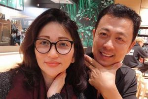 Danh hài Vân Sơn: Sự nghiệp thành công, hôn nhân viên mãn bên người vợ xinh đẹp
