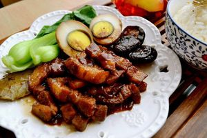Công thức làm cơm thịt kho kiểu Đài Loan