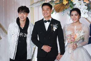 Quang Hải, Văn Toàn dự đám cưới Bùi Tiến Dũng