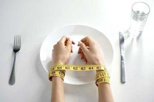 Hệ lụy nguy hiểm từ chế độ ăn kiêng nhiều người áp dụng