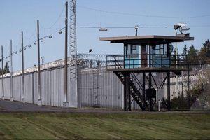 Canada tiêm chủng vaccine Covid-19 thí điểm tại nhà tù, vấp ý kiến trái chiều
