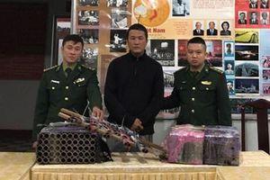 Xử phạt người bắn 310 quả pháo hoa nổ trái phép theo 'đơn hàng' của 'sếp'