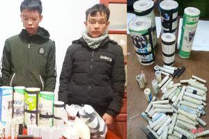 Lại bắt được học sinh lên mạng mua nguyên liệu về chế tạo pháo nổ