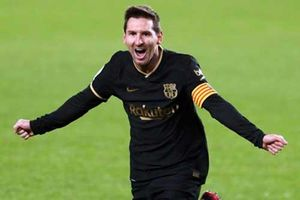 Messi độc chiếm ngôi đầu cuộc đua Pichichi