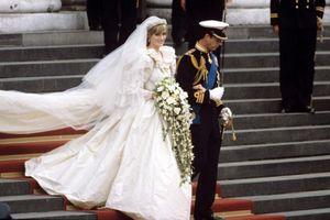 Nhà thiết kế suýt ngất xỉu vì loạt sự cố với váy cưới của Công nương Diana