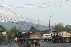 Khu vực mố cầu Đại Lộc tiềm ẩn tai nạn giao thông