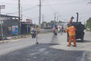 Bộ GTVT hứa duy tu, sửa chữa Quốc lộ 62 bằng nguồn vốn bảo trì