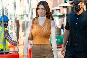 Ngắm outfit dạo phố cuối tuần của Kendall Jenner, biết luôn xu hướng nào sắp lên ngôi