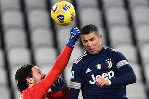 Ronaldo thể hiện khả năng không chiến ấn tượng