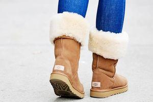 Boots lông cừu từ năm 2000 lại trở thành mốt