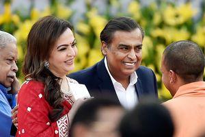 35 năm hạnh phúc của vợ chồng tỷ phú giàu nhất Ấn Độ