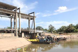 Mặn bắt đầu tấn công các cửa sông ĐBSCL
