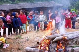 Thanh Hóa: Nhiệt độ xuống thấp, nhiều trường cho học sinh nghỉ