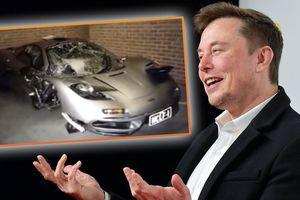 Siêu xe đầu tiên của CEO Tesla sở hữu rất hiếm, nhưng thời điểm nhận xe mới đặc biệt