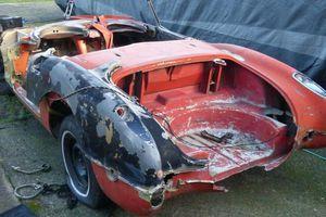 Chiếc xe 'đồng nát' từ 1958 vẫn bán 230 triệu đồng